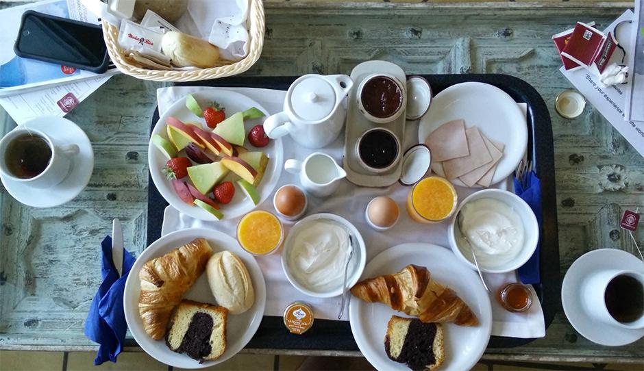 enigma santorini breakfast