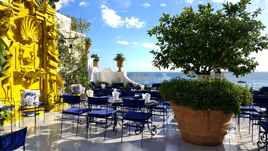 Top Things to See and Do in Positano - Le Sirinuse Franco's Bar