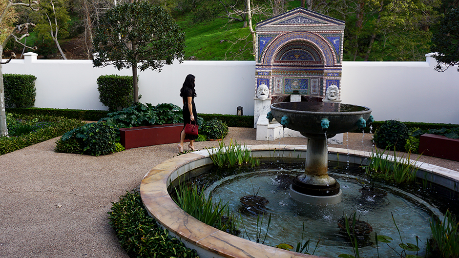 explore-getty-villa