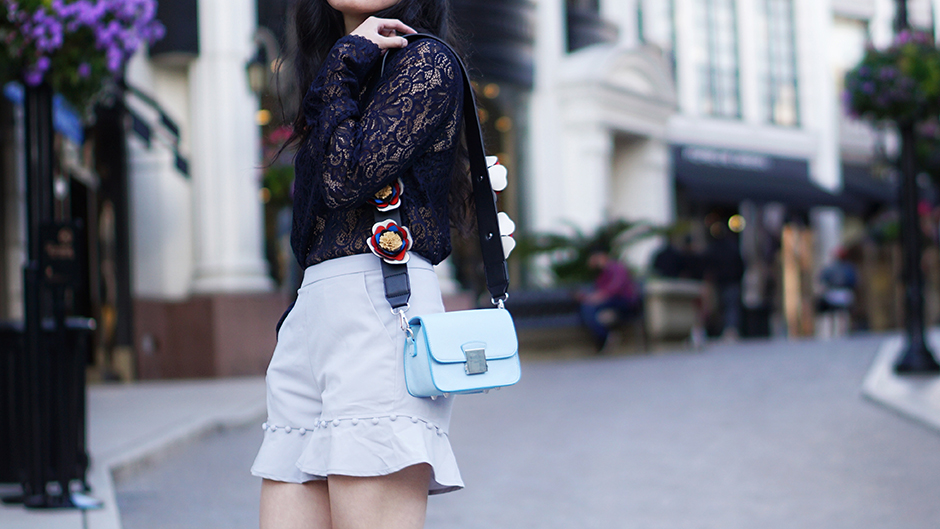 Lace and Ruffles | fashion and travel blog | mikialamode.com