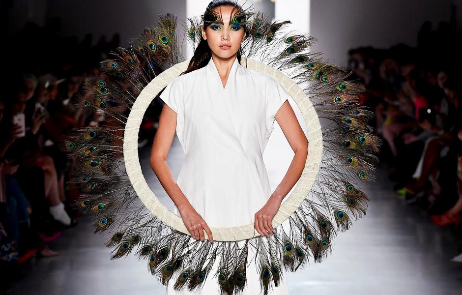 #danliu #nyfw #nyfwdesigner #nyfw17 #ss18 #newyork #fashionweek #runwayshow #trends #fashion #dresses #fashionblog #styleblog #blogger #blog #fashionblogger #trends #fashiontrends