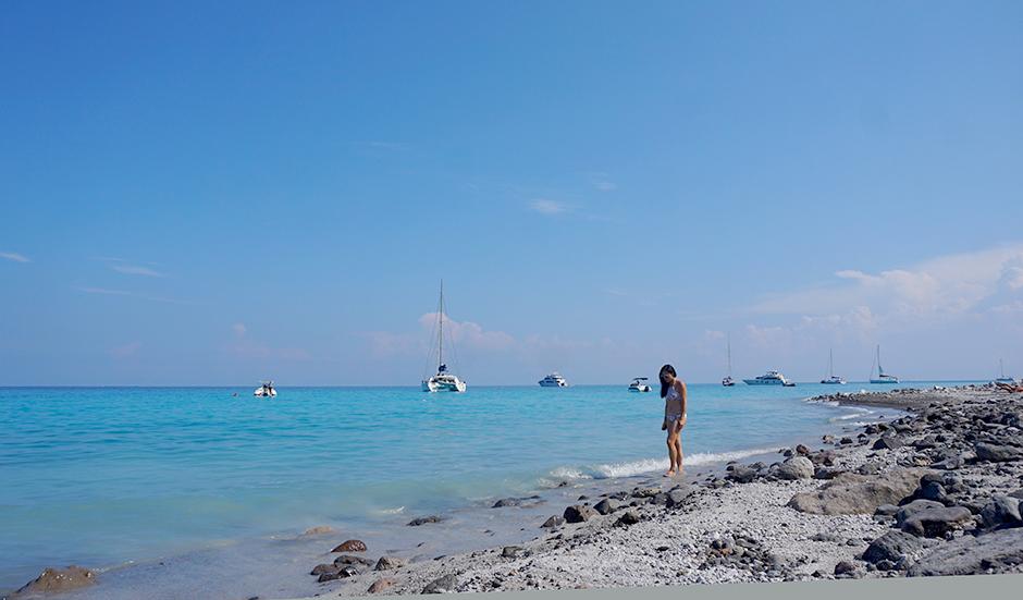 How to Make the Most of Visiting Aeolian Islands in Italy #lipari #aeolianisland #aeolianislands #cafes #italy #islandhopping #wanderlust #fashionblog #travelblog #travelblogger #traveler #italyvacations #visitingitaly #italyideas #placestovisit #italy #islandhopping #cannoli #cafe