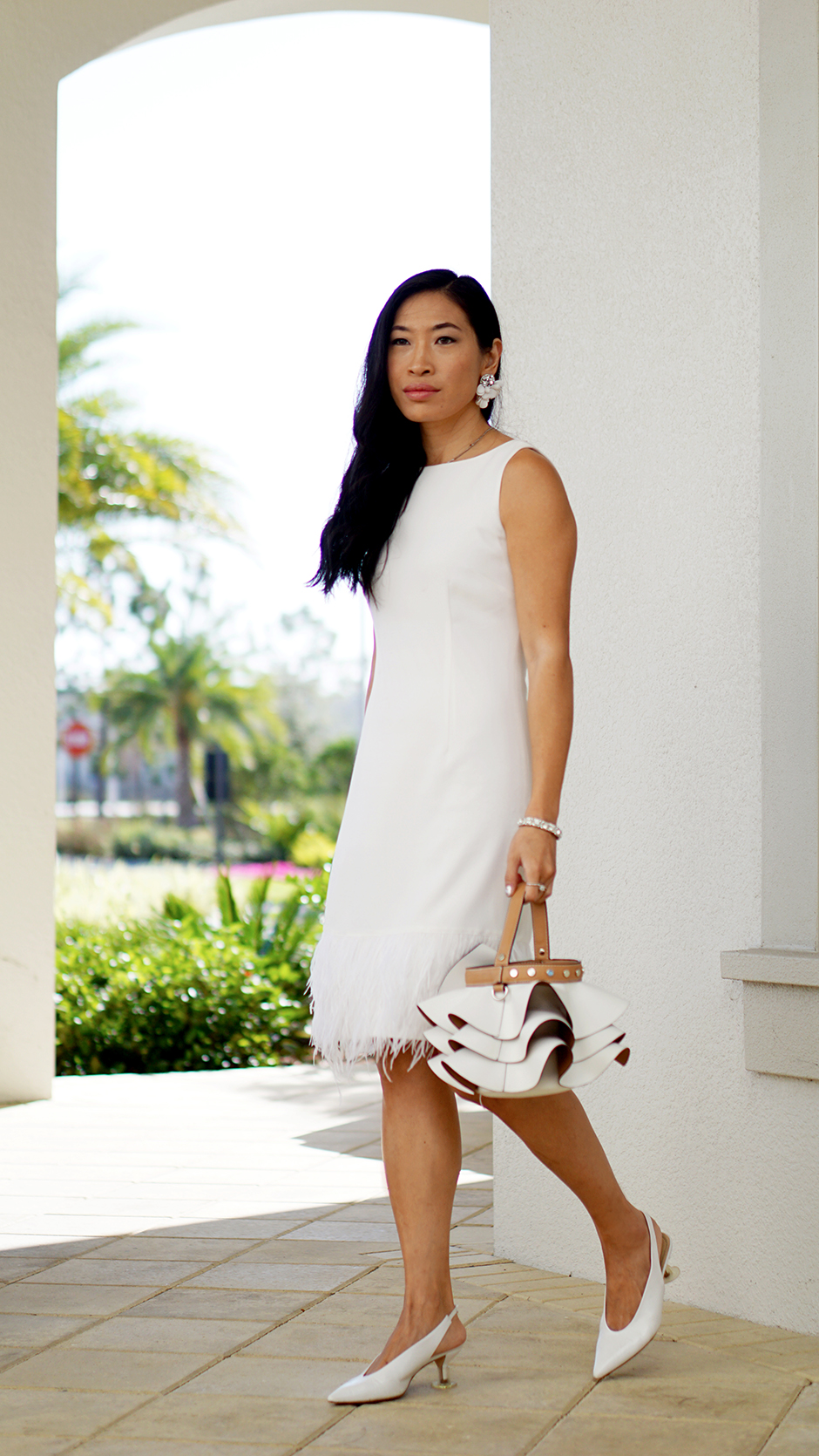 White Feather Hem Dress Outfit Inspiration Diner en Blanc