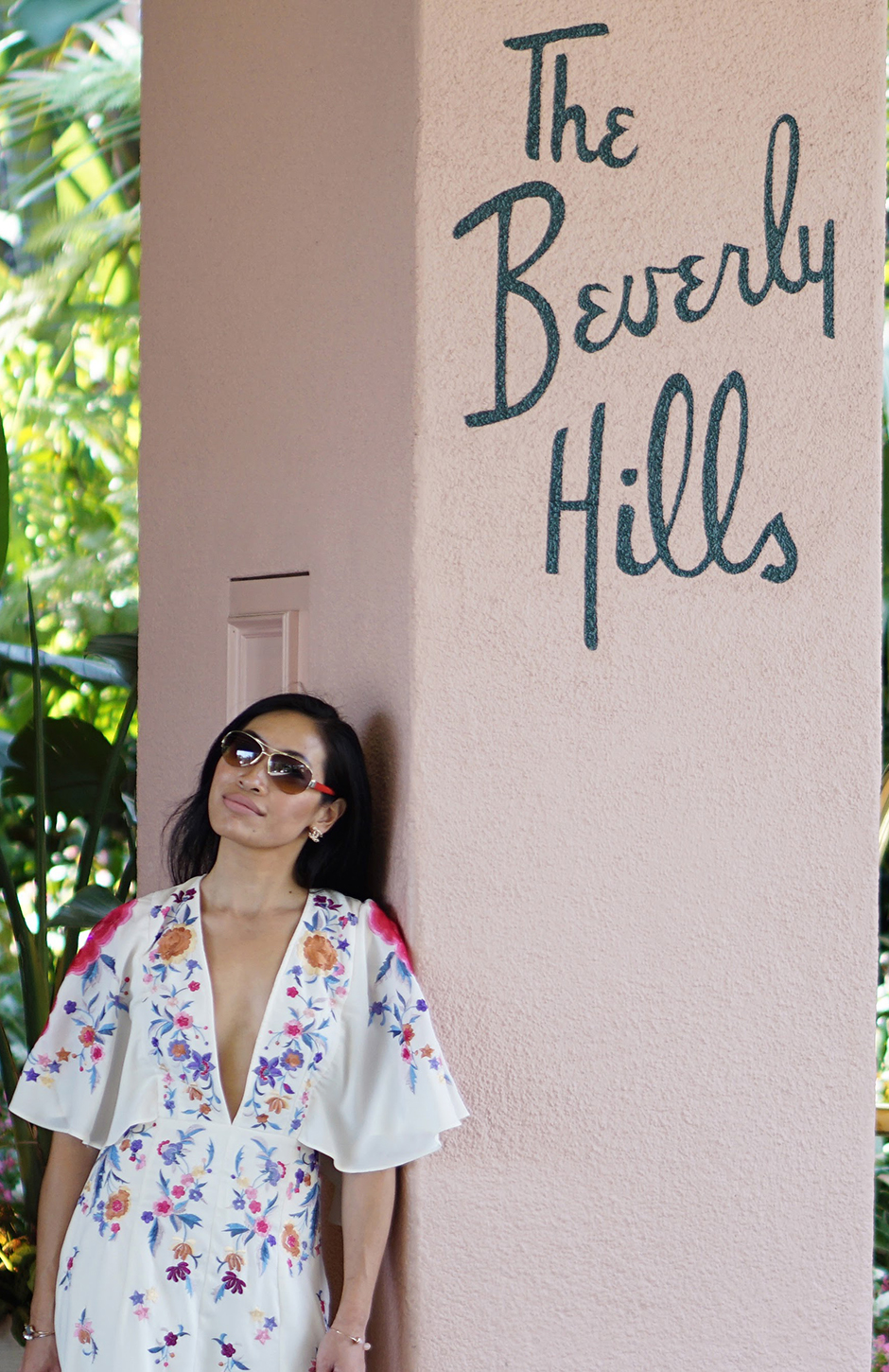 Beverly Hills Hotel Los Angeles Instagrammable Spots California #topinstagrammablespots #fashionblog #styleblog #scenicspots #visitcalifornia #california #losangeles #lalife #santamonica #venicebeach #socal #graffitiwalls #fashionblogger #ootd #photogenicspots #beverlyhills #hollywood #westhollywood