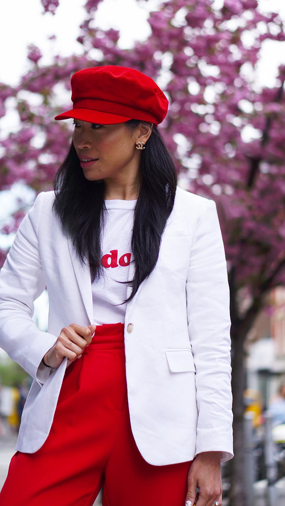 Spring Fashion with Banana Republic #ad #fashionblog #styleblog #fashionblogger #springoutfit #outfitideas #accessories #sakura #shopthelook #redoutfit #redhat #bakercap #outfitinspiration #outfitideas #streetstyle #whiteblazer #cottonblazer #linenblazer #fashioninfluencer #outfitinspiration #outfitideas #casualstyle #travelstyle