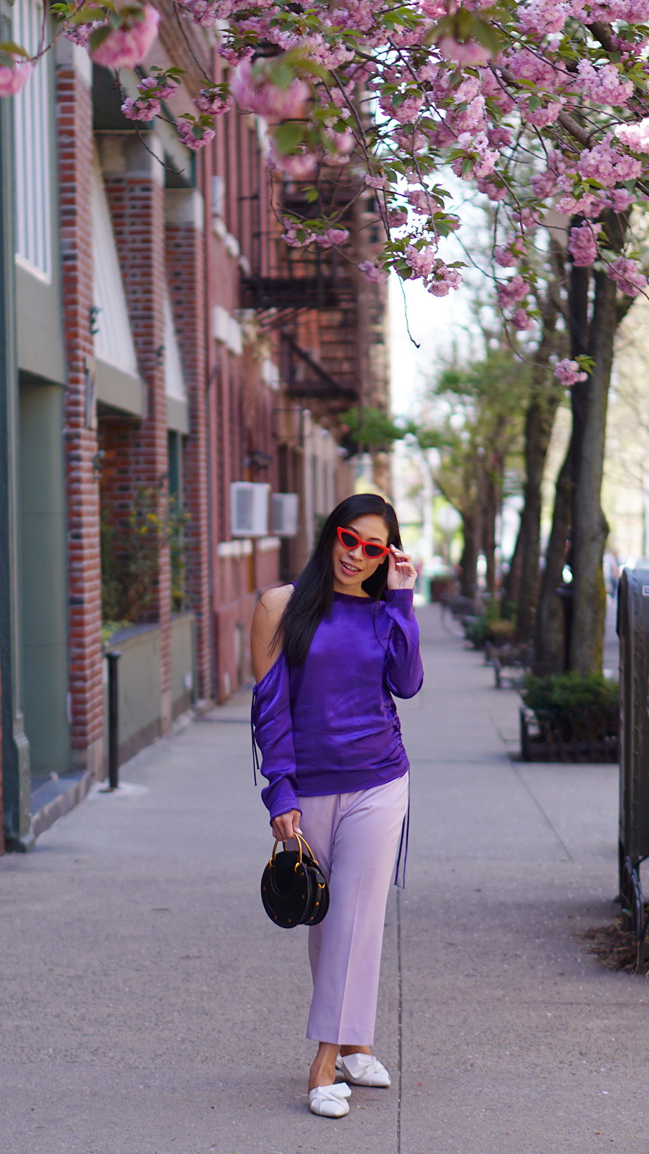 Spring Fashion with Banana Republic #ad #fashionblog #styleblog #fashionblogger #springoutfit #outfitideas #accessories #sakura #shopthelook #purple #lilactrend #lilac #purpleoutfit #purpletrend #redhat #bakercap #outfitinspiration #outfitideas #streetstyle #whiteblazer #cottonblazer #linenblazer #fashioninfluencer #outfitinspiration #outfitideas #casualstyle #travelstyle