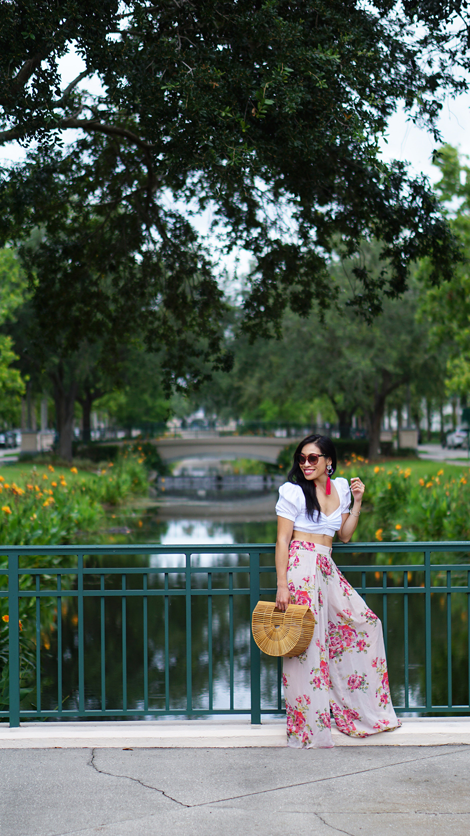 Stylish Sweetheart Square Neckline #streetstyle #outfitinspo #outfitideas #outfitideas #summerfashion #summerstyle #zimmermann #cultgaia #halfmoonbag #gucci #zara