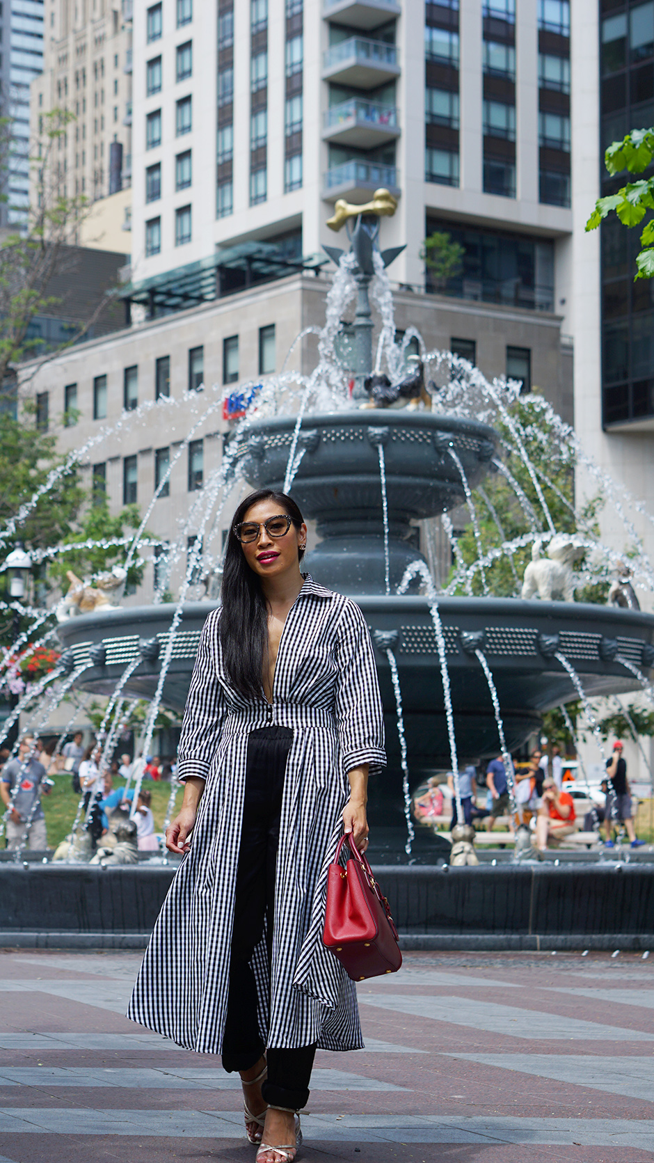 Tips for First Time Solo Travellers #streetstyle #traveltips #travellingsolo #solotravel #outfitideas #falloutfit #outfitinspiration #ginghamoutfit #gingham #check #prada #pradabag #celine #statementheels #statementshoes #parisianstyle #parisian #frenchstyle #toronto #torontobloggers #canadianbloggers #usblogger #americanstyle #americanfashion #miumiu