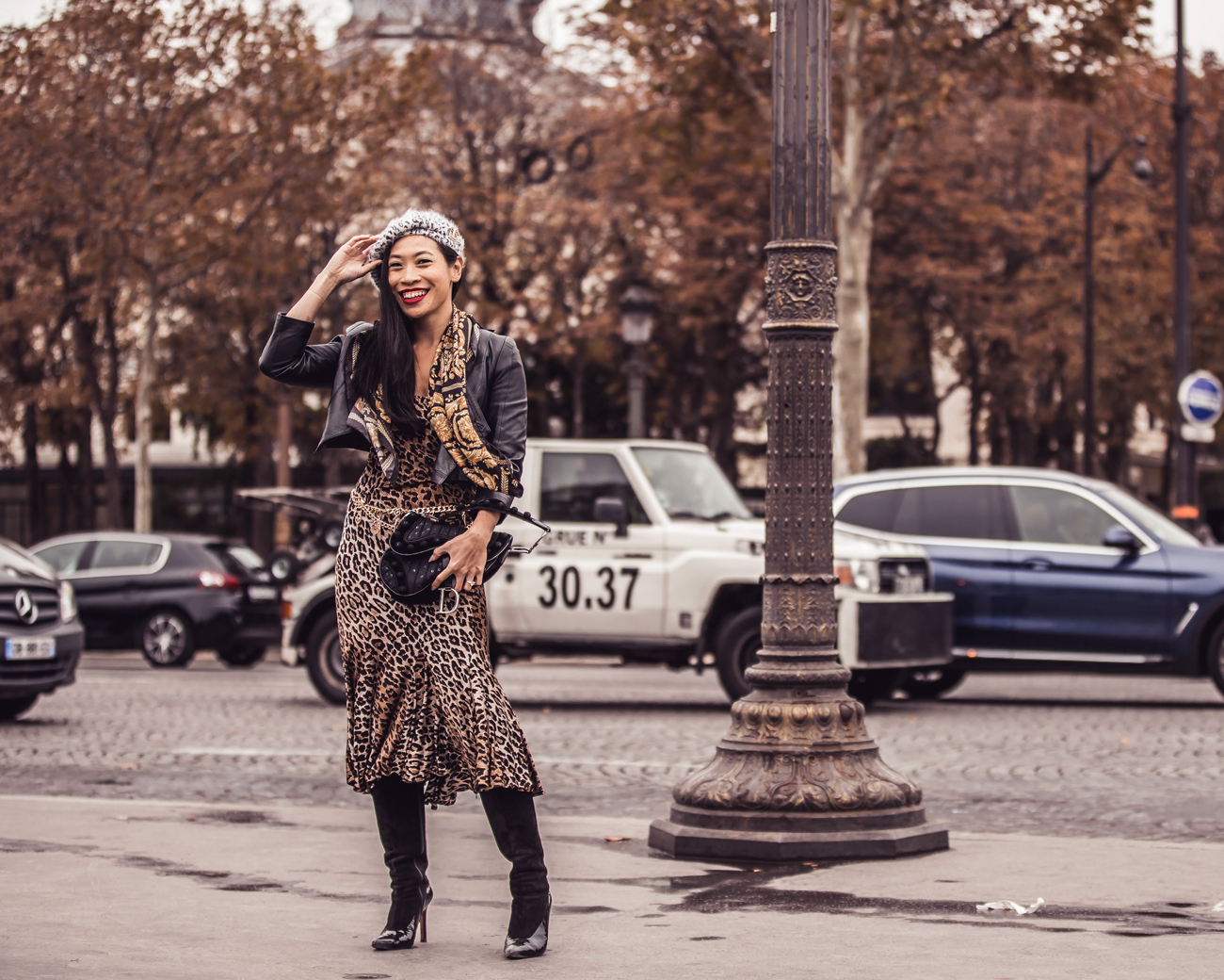 Paris Fashion Week Street Style Fall 2018 #Street #Fashion #Blog #Blogger #pfw #pfw2018 #ss18 #fw18 #parisfashionweek dior #diorbag #diorsaddle #metallo #metallicdress #silverdress #statementheels #Paris #France #fashionblog #styleblog #streetstyle #bestoutfit #falloutfit #beststyle #stylishoutfit #fallfashion #fallstyle #outfitinspo #outfitinspiration #outfitideas #leoparddress #versace #gianniversace #vintageversace #leopard #animalprint #fallfashion #kneeboots #beret #manoloblahnik